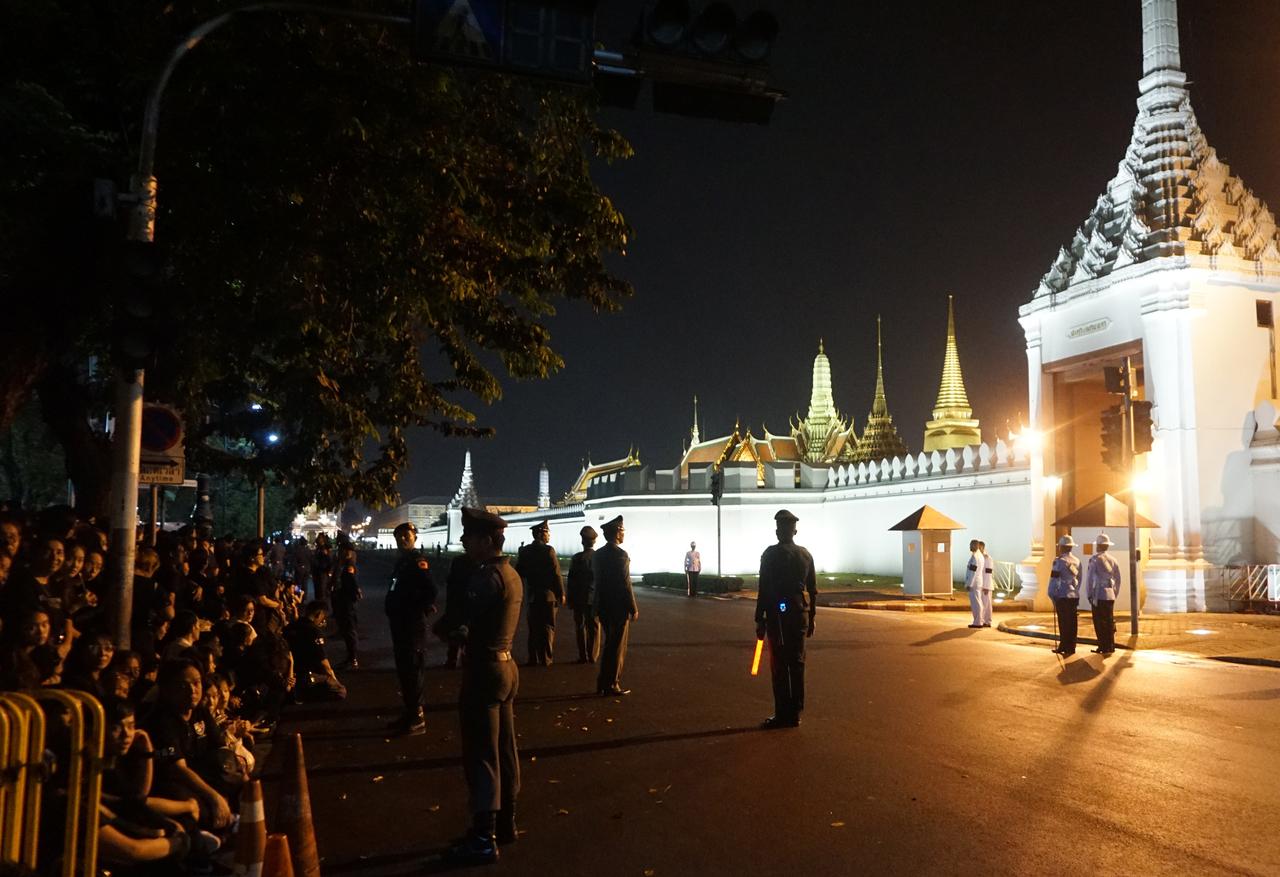 泰国国丧/泰王蒲美蓬辞世 现在赴泰可以玩吗?