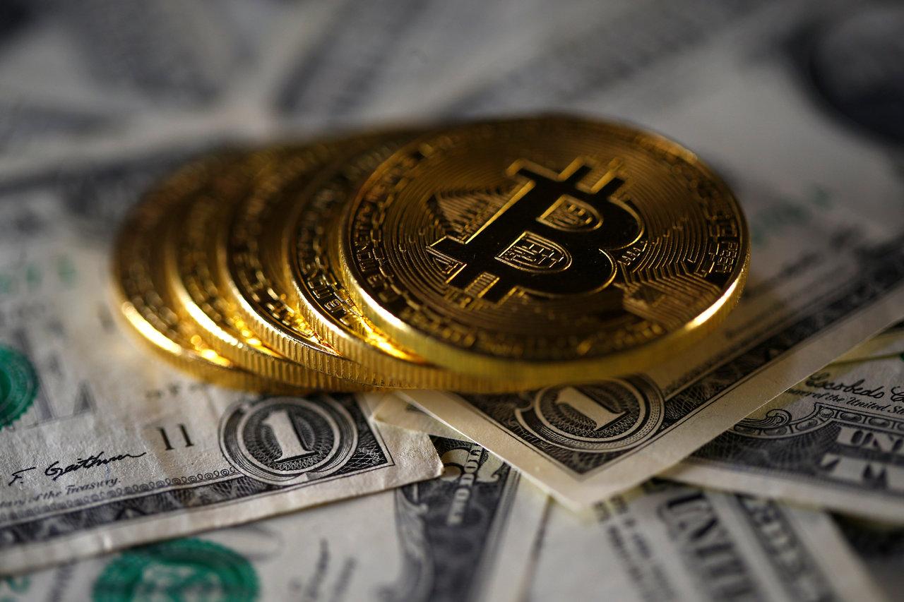 比特幣漲至歷史新高 價格因硬分叉取消一度飆11%