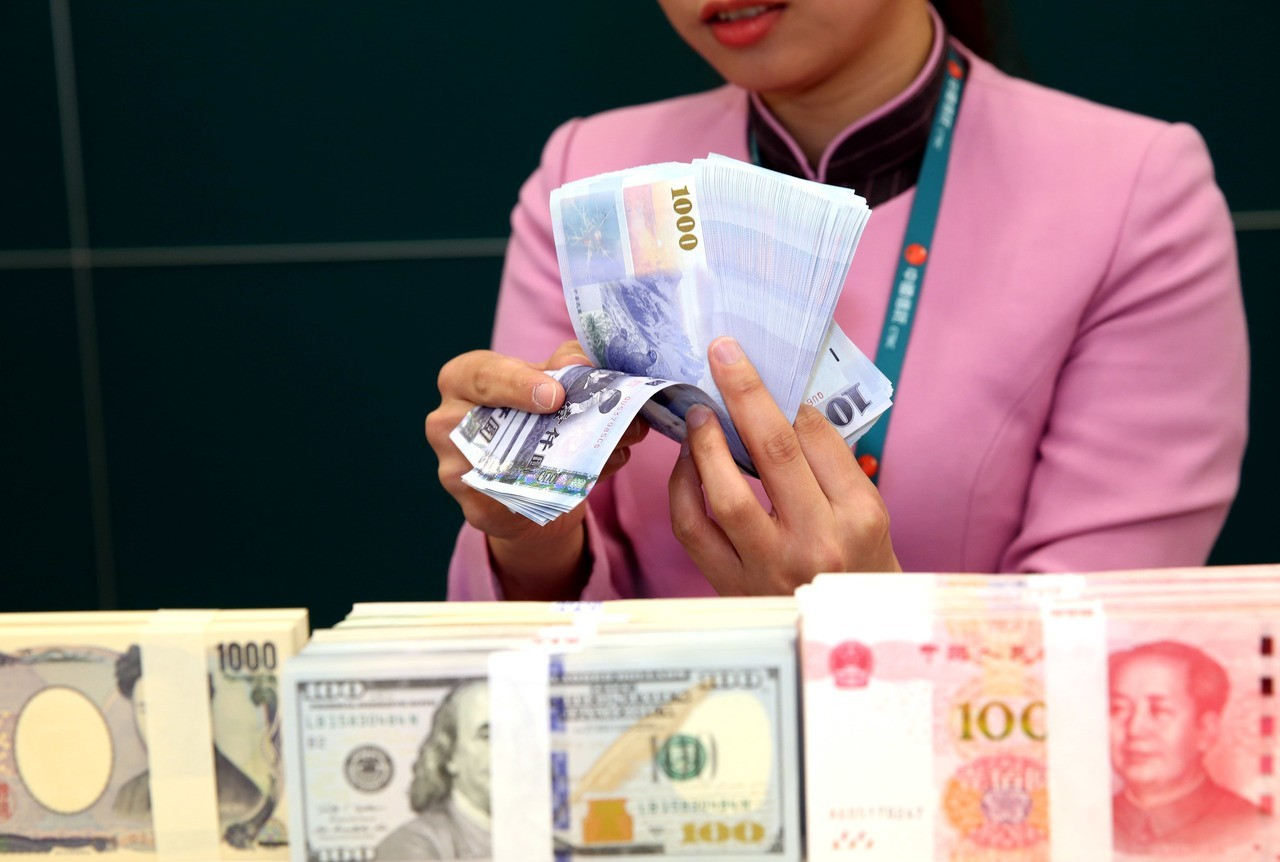 日圓又升破112大關 新台幣先貶後升