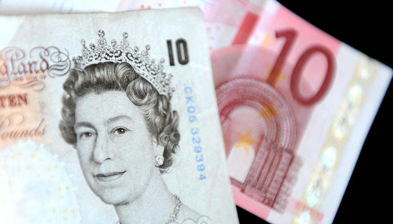 英鎊升破1.4美元 新台幣先貶後升