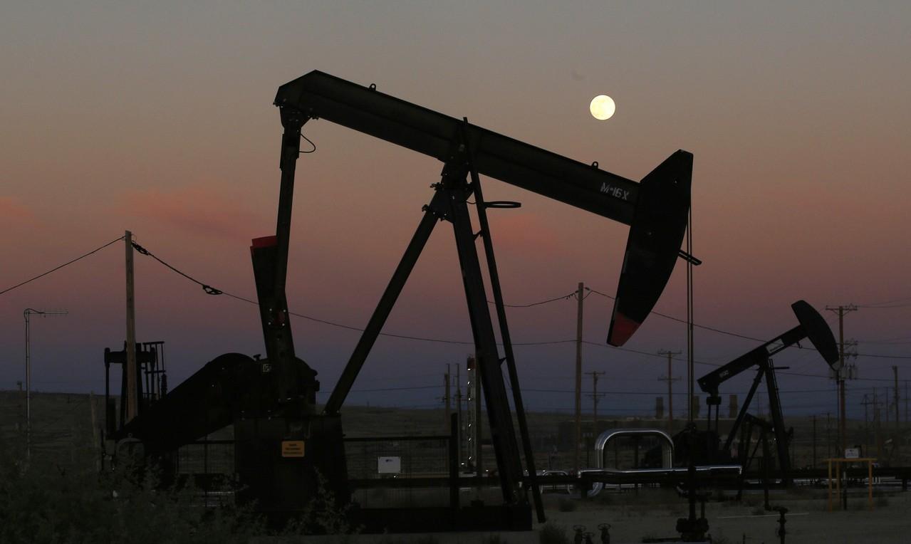紐約原油跌破60美元大關 今年首見
