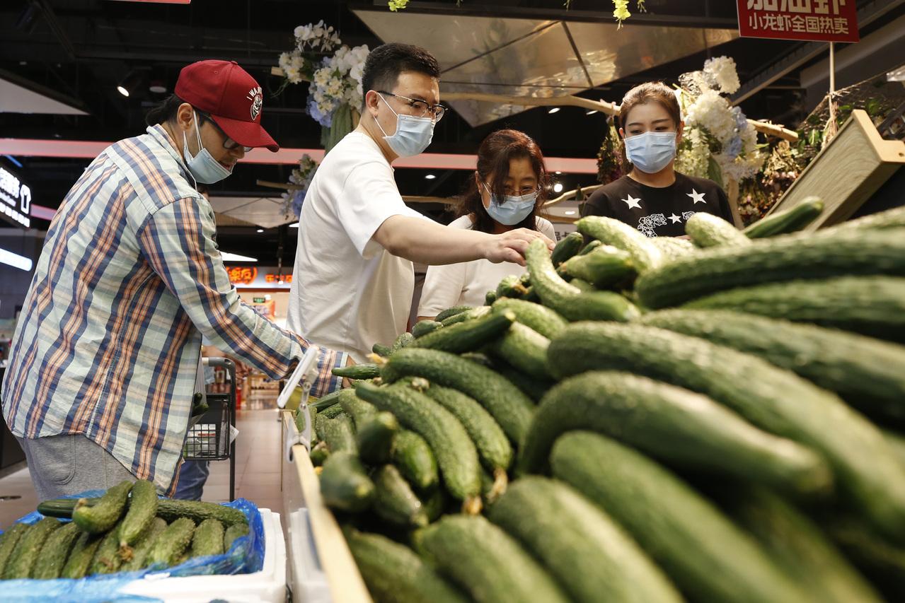 兩岸微流行/阿里巴巴開超市水果先得做掃描  陸港經貿  兩岸  聯合新聞網