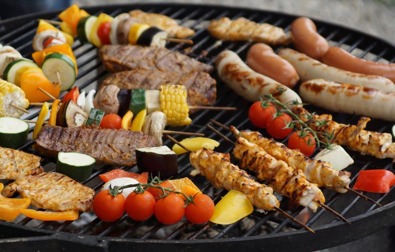 中秋烤肉食材懶人包!「熱量、膽固醇」營養師一次整理給你看 | 橘世代