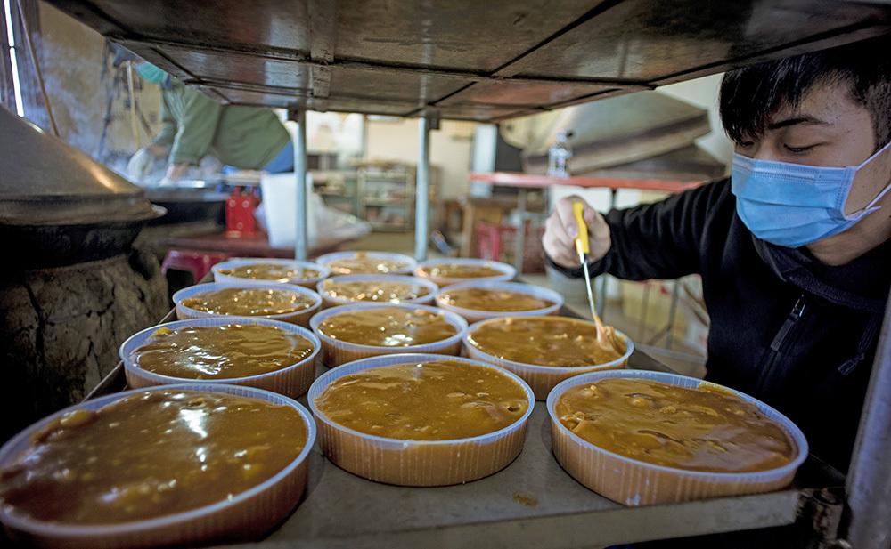 阿嬤的味道!美濃限定「柴燒年糕」每一口都是堅持 | 橘世代