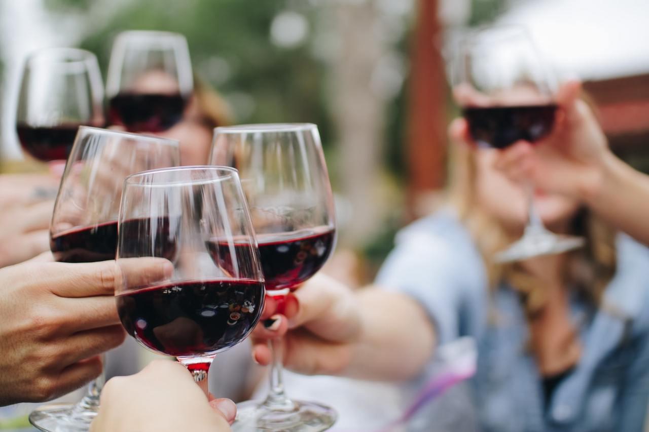 喝紅酒抗癌、抗發炎還能抑制新冠病毒?關鍵原因就在「單寧酸」! | 橘世代