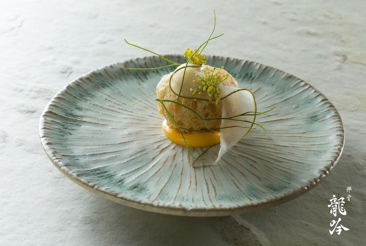 祥雲龍吟的紅蘆蝦與大黃瓜、茴香花。祥雲龍吟/提供