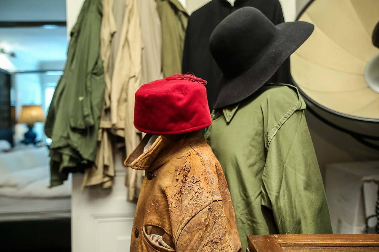 帽子、古著,組成葉氏風格。記者楊萬雲/攝影