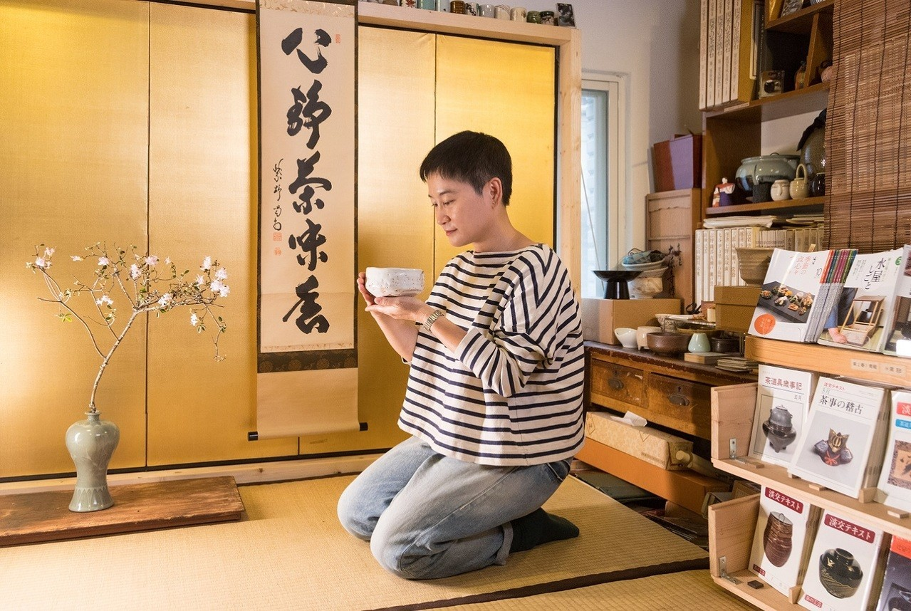 米力用好器喝好茶。記者陳立凱/攝影