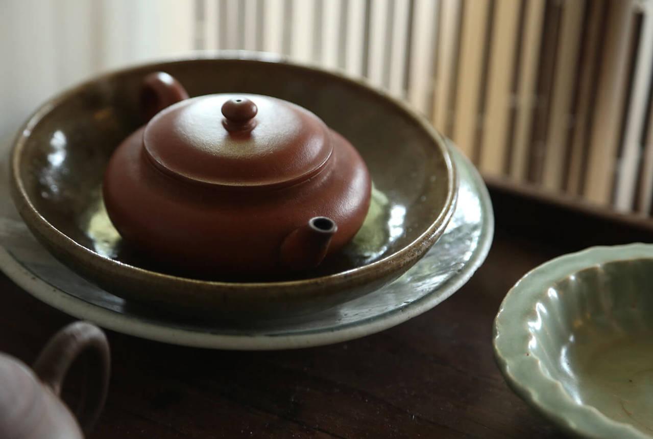 茶桌與茶具,天圓地方。記者陳立凱/攝影