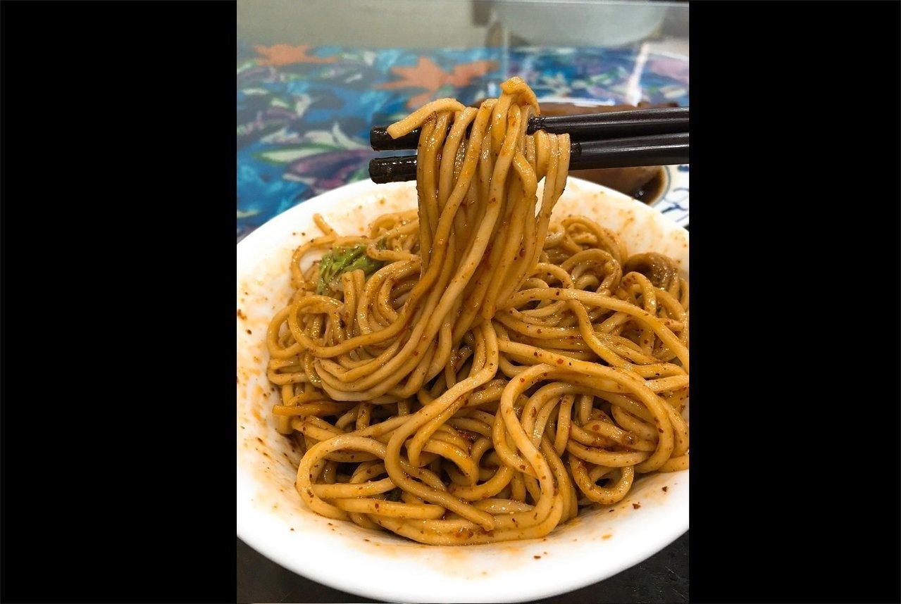 南川麵館「酸辣麵」。記者王惠琳/攝影