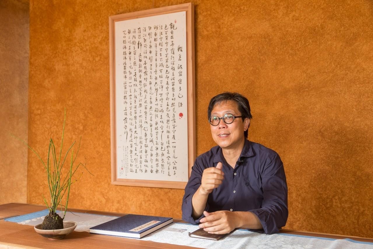 江文淵說,書法也是時間的藝術。記者陳立凱/攝影