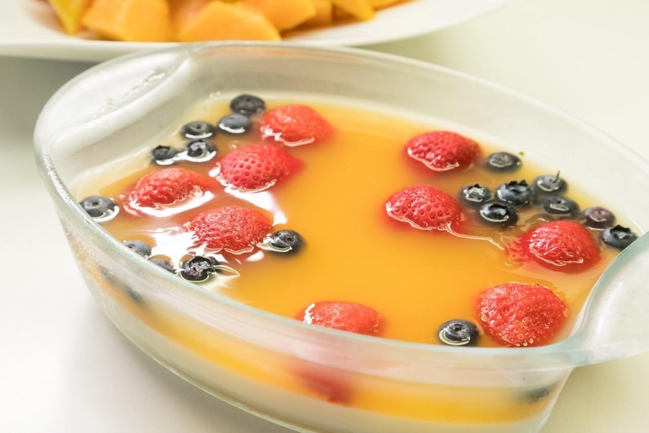 「宣一宴」的甜點雙色果凍也不容易製作。圖/陳立凱攝影
