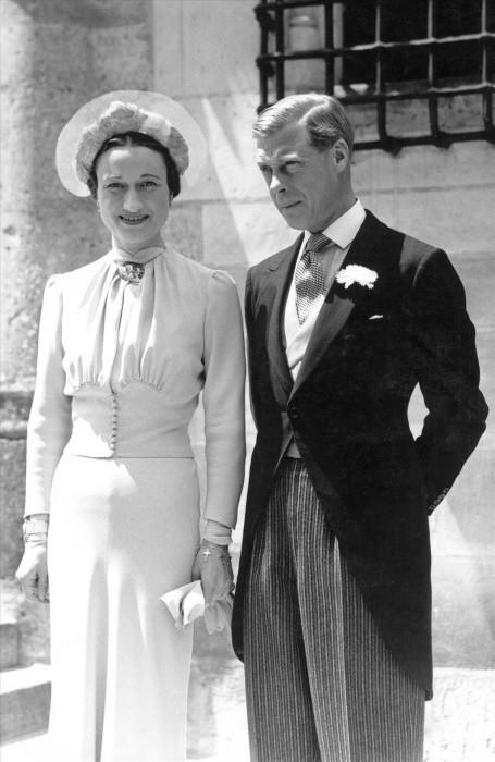 愛德華八世國王1936年宣布要娶美國人沃利斯·辛普森後,選擇退位。圖/達志影像