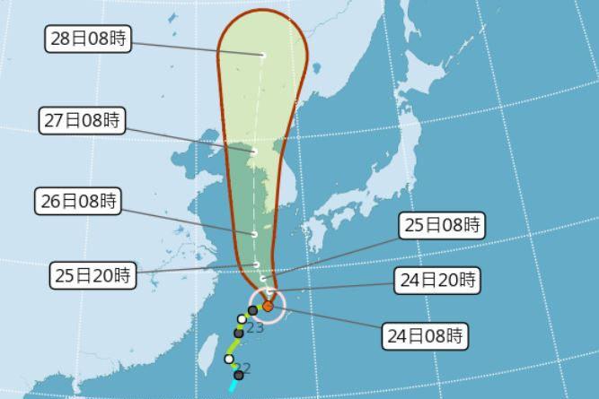 第8號颱風巴威北上後才逐漸增強。圖/氣象局