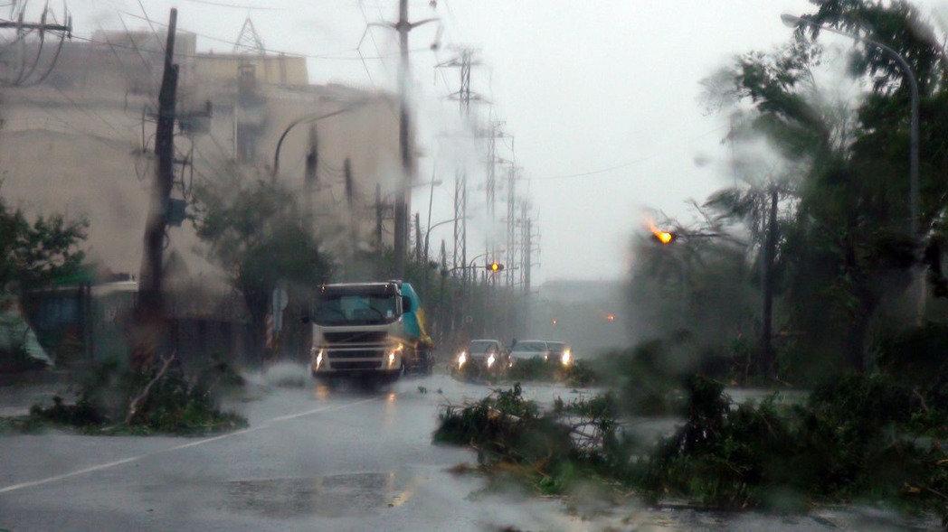 9月14日 強颱莫蘭蒂襲台