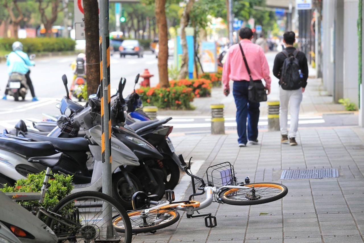 無樁式共享自行車oBike騎進台灣