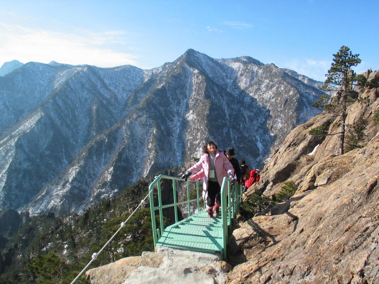 北韓摧毀與南韓合作開發的「金剛山觀光區」